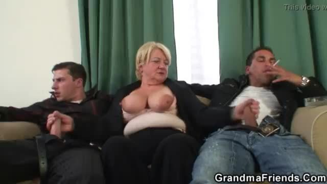 Boozed blonde granma double fucked on the table