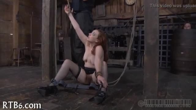 Harsh whipping for pleasing cutie