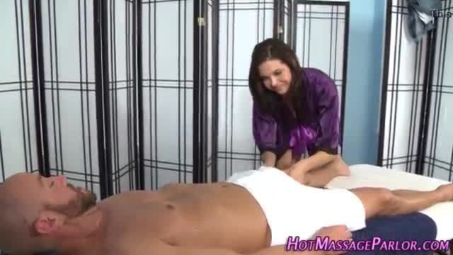 Box licked masseuse blows