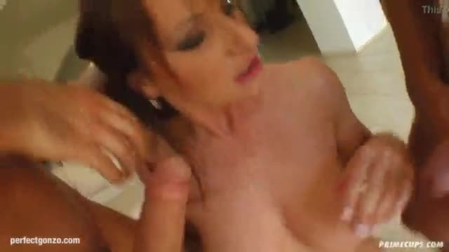 Michelle big boobs hottie having hardcore gonzo sex on Primecups
