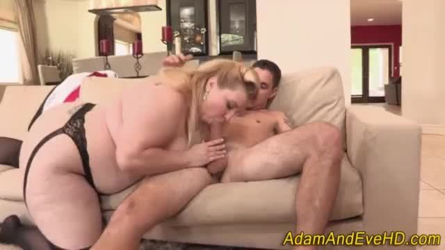Fat slut gets pounded