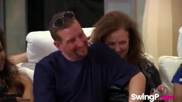 Amateur swinger couples swapping licking pussy